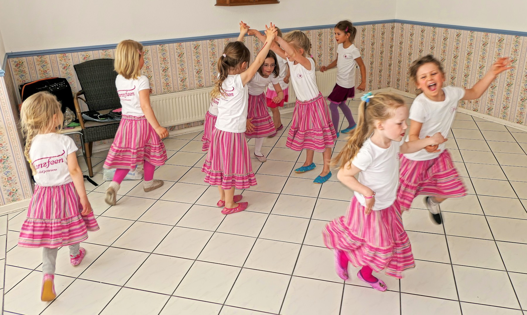 Tanzfeen2